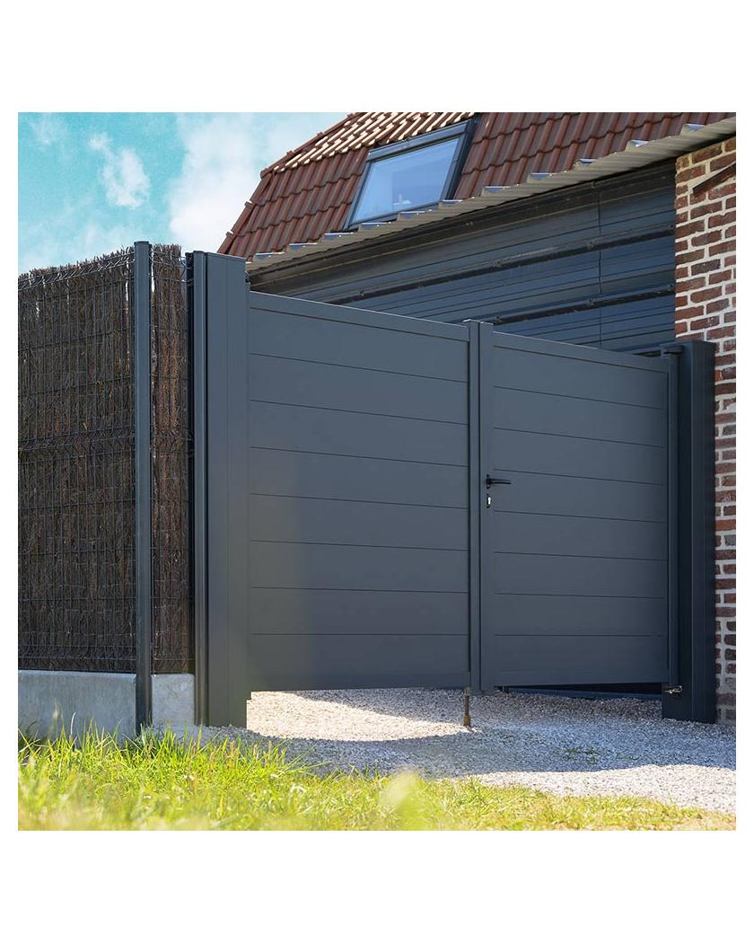 Portail aluminium plein design